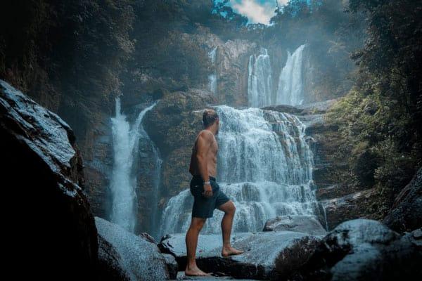 Favolose cascate altissime della Costa Rica