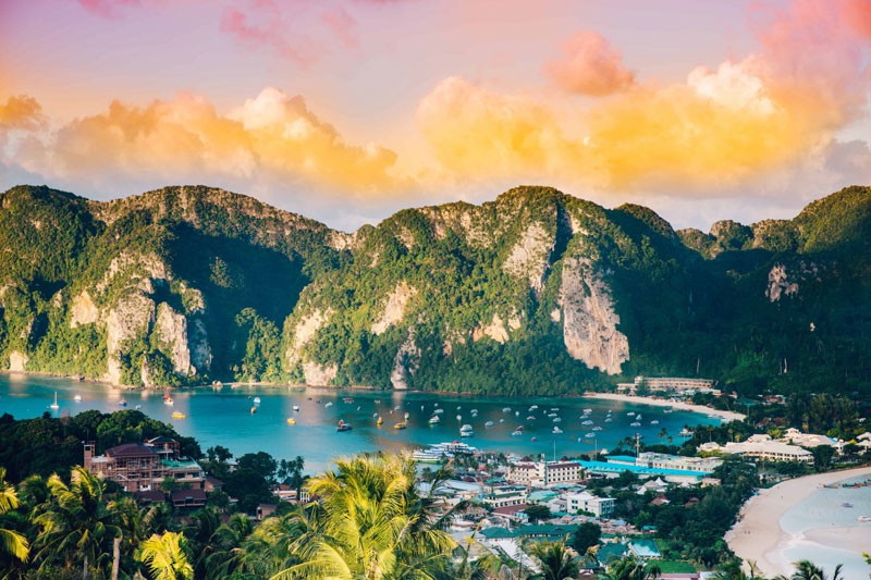 Mare della Thailandia verde lago