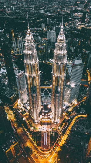 Visione notturna delle Petronas Towers