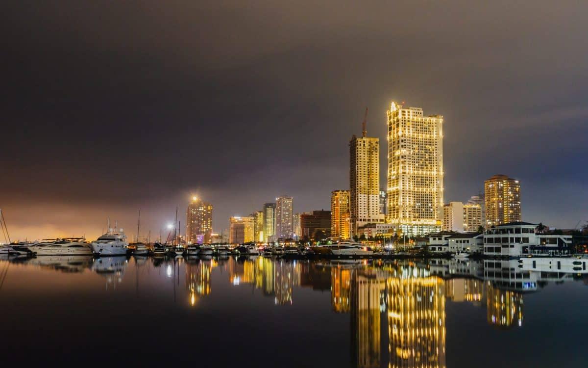 Trasferirsi a Manila Bay